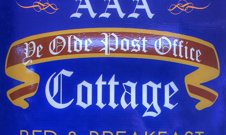 HOTEL YE OLDE POST OFFICE COTTAGE, SMITHTON - Book 3-Star